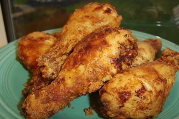 Paula Dean's Spicy Buttermilk Fried Chicken