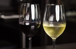 red or white wine for party